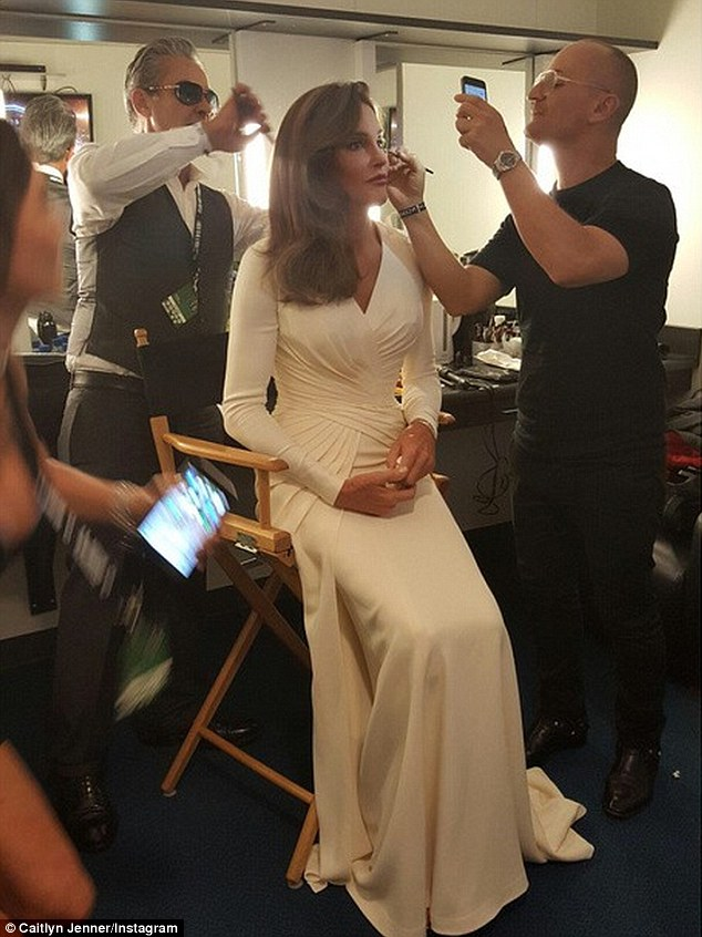 Caitlyn Jenner, ESPYS and that damn sexy Atelier Versace gown