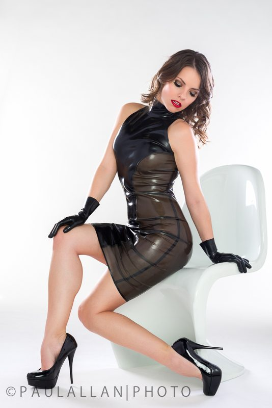 Marilyn yusuf in hot latex - 5 7
